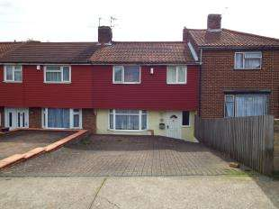 3 Bedrooms Terraced House for sale in Copperfield Road, Rochester, Kent
