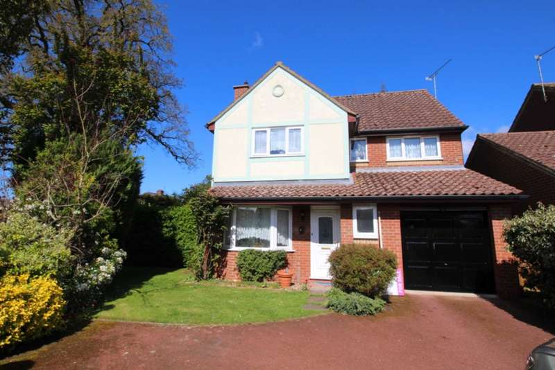 4 Bedrooms Detached House for sale in Amherst Close, Swaffham, PE37 7TS.