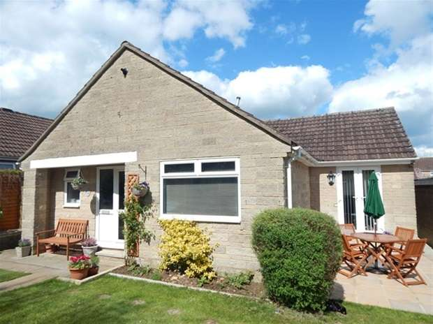 2 Bedrooms Detached Bungalow for sale in Springfield Road, Wincanton