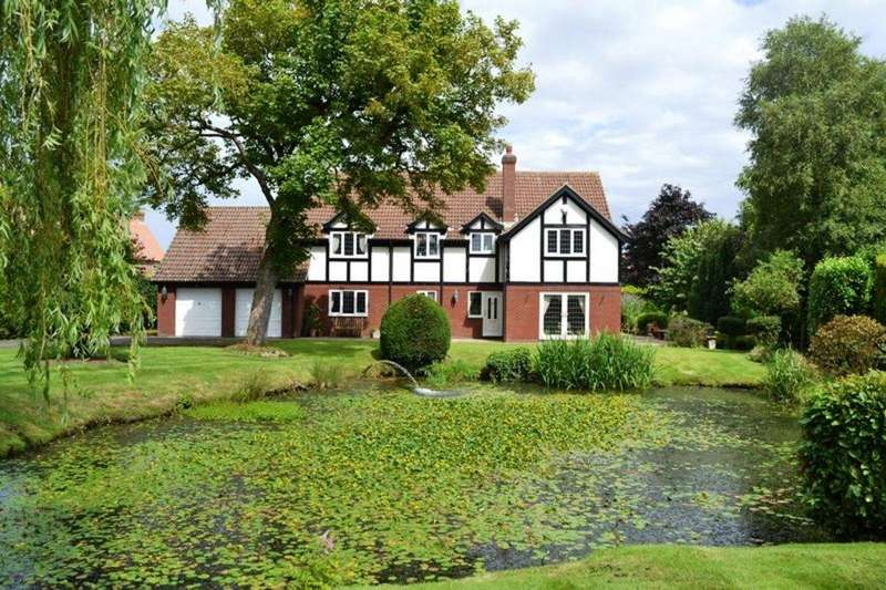 5 Bedrooms Detached House for sale in Langham House, Main Street, Covenham St. Mary