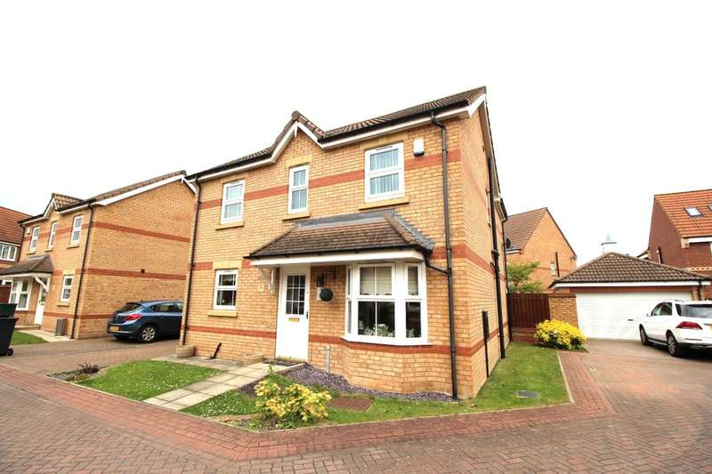 4 Bedrooms Detached House for sale in Evans Court, Armthorpe, Doncaster, DN3