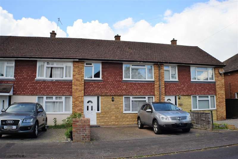 3 Bedrooms Terraced House for sale in Knighton Road, Redhill