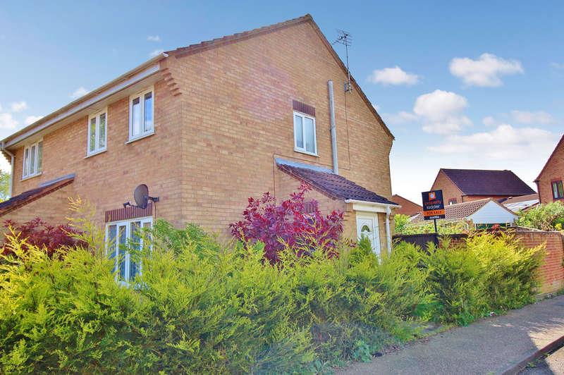 2 Bedrooms Semi Detached House for sale in Harpsfield, Norwich