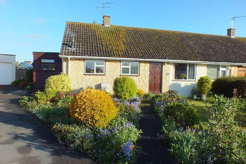 2 Bedrooms Semi Detached Bungalow for sale in Fairford