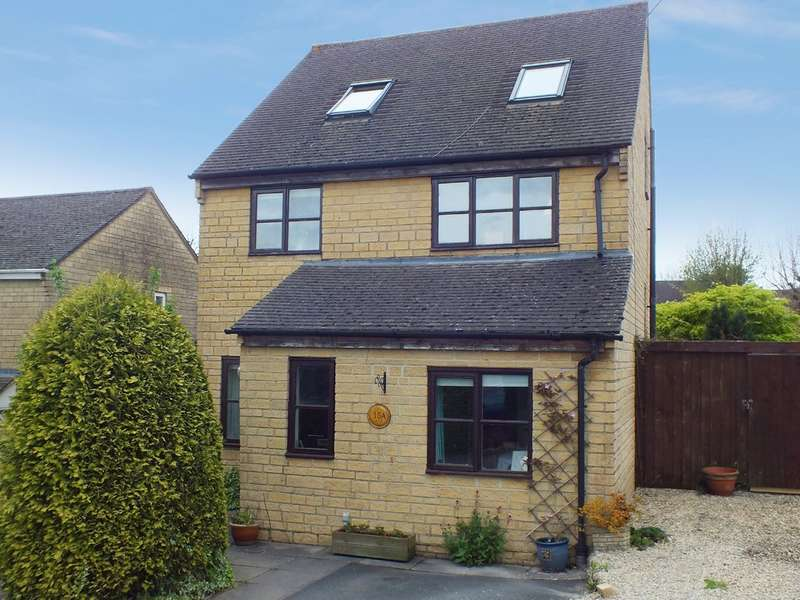 4 Bedrooms Detached House for sale in Bussage