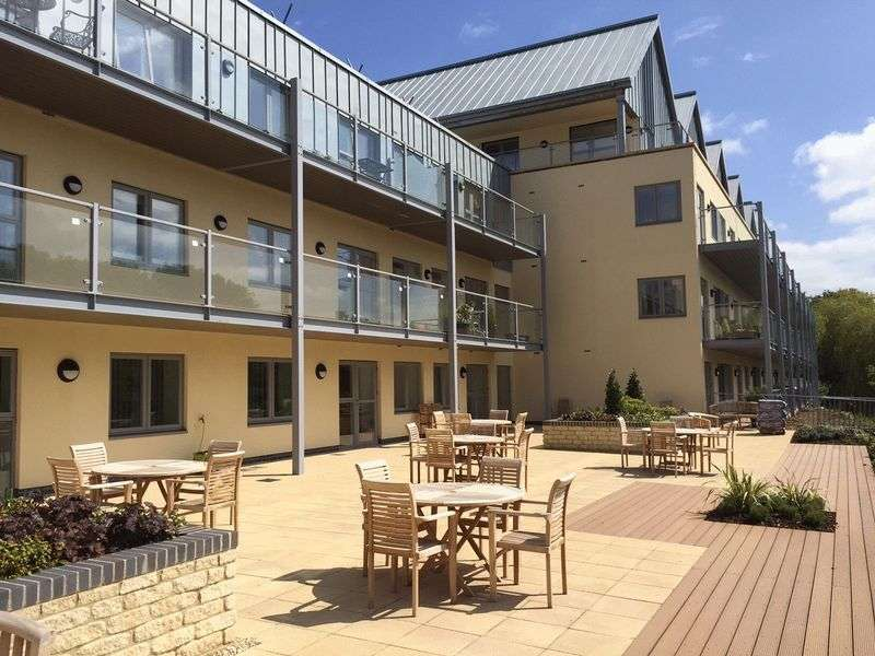 2 Bedrooms Flat for sale in Bowles Court : ** TWO BEDROOMS / GROUND FLOOR with BALCONY ** McCarthy & Stone