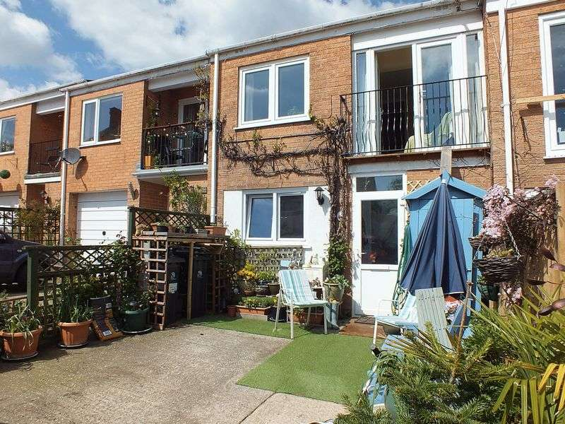 4 Bedrooms Terraced House for sale in Lansdowne Court, Charmouth DT6 6PZ