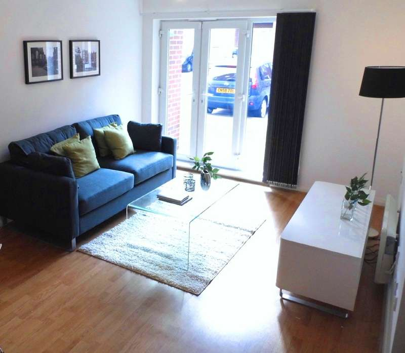 2 Bedrooms Apartment Flat for sale in City Link, Hessel Street, Salford, M50