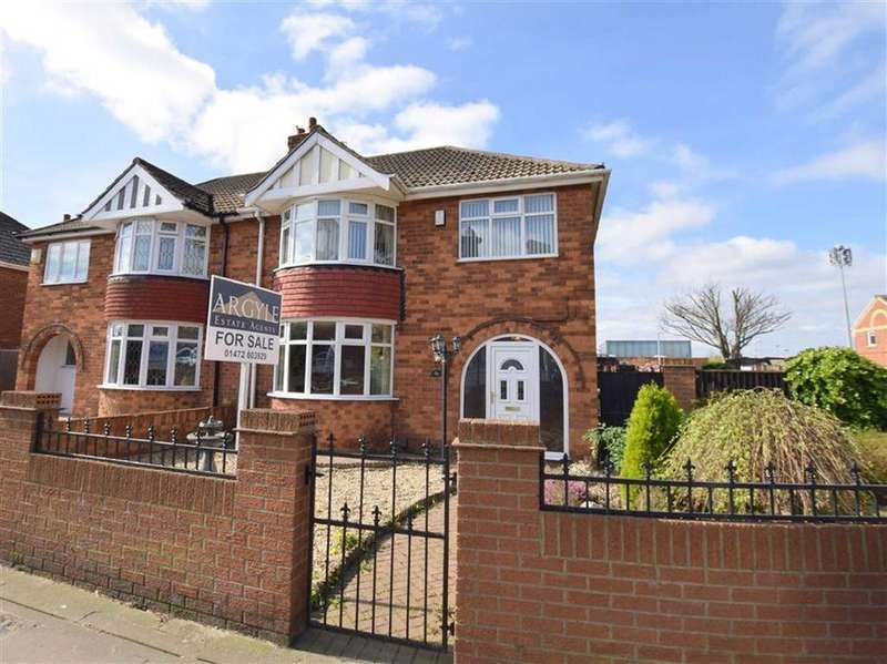 3 Bedrooms Semi Detached House for sale in Grimsby Road, Cleethorpes, North East Lincolnshire