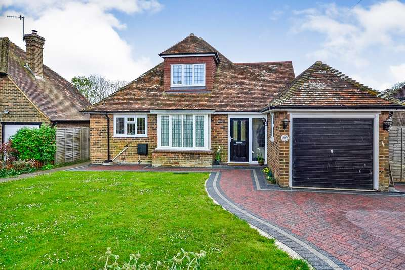 4 Bedrooms Detached Bungalow for sale in Newlands Avenue, Bexhill-On-Sea, TN39
