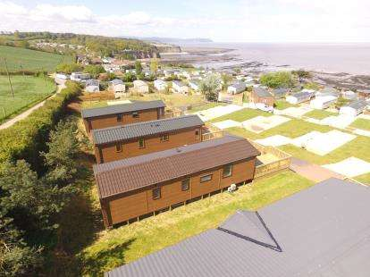 2 Bedrooms Bungalow for sale in West Quantoxhead, Somerset