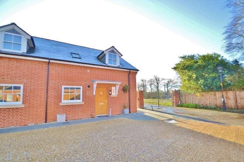 2 Bedrooms House for sale in Sarisbury Green