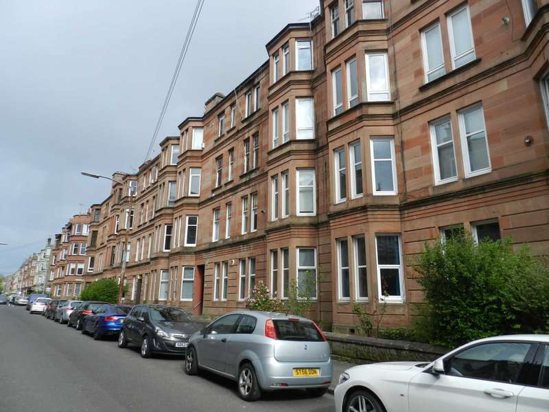 1 Bedroom Flat for sale in Deanston Drive, Glasgow