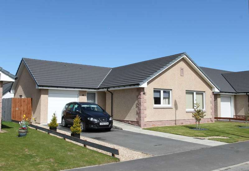 3 Bedrooms Detached Bungalow for sale in Montgomery Drive, Nairn