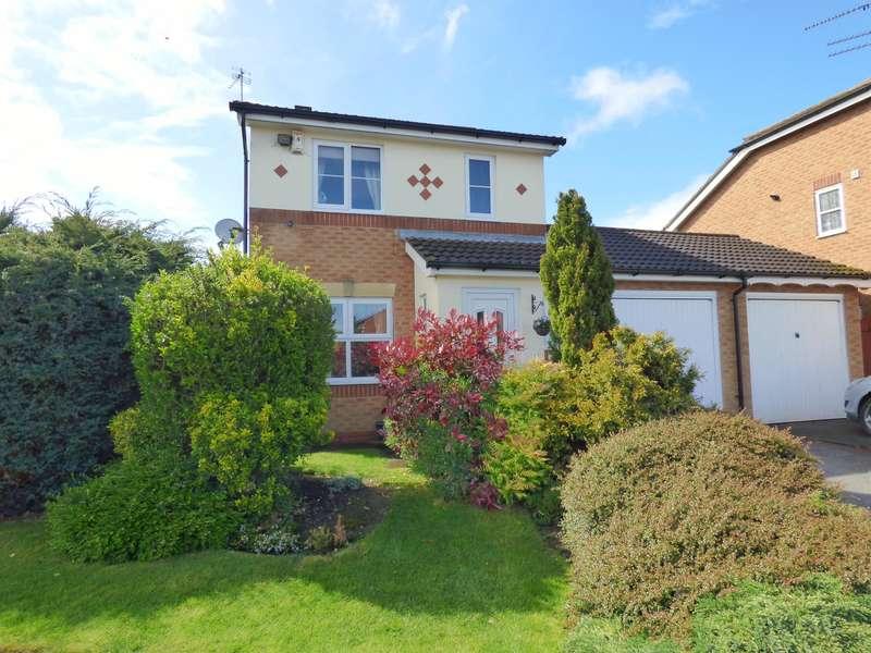 3 Bedrooms Detached House for sale in Bramble Hill, Beverley, HU17 8UZ