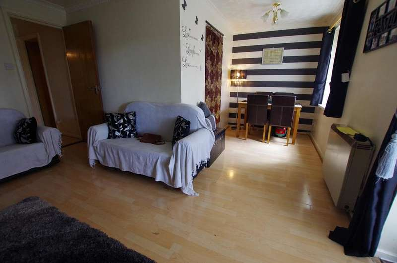 2 Bedrooms Ground Flat for sale in Mallard Court, Bradford BD8 0NU