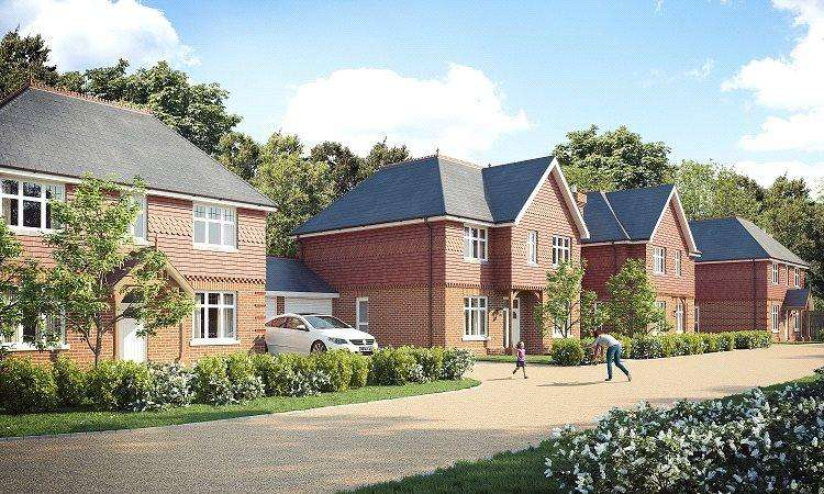 4 Bedrooms Detached House for sale in London Road, Ascot, Berkshire