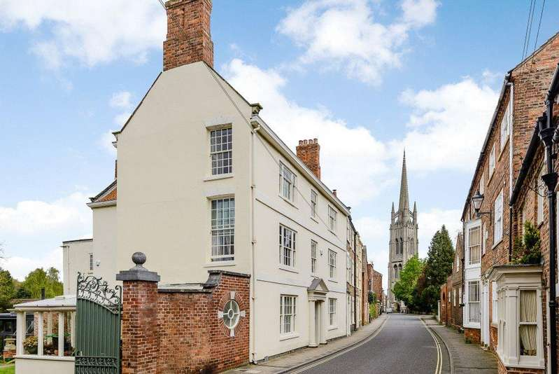 7 Bedrooms Unique Property for sale in Westgate, Louth, Lincolnshire, LN11