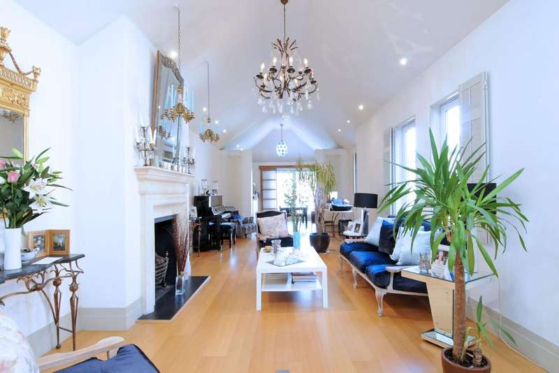 3 Bedrooms Flat for sale in Abbeville Road, SW4