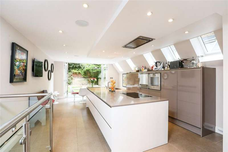 5 Bedrooms Terraced House for sale in Coniger Road, Fulham, London, SW6