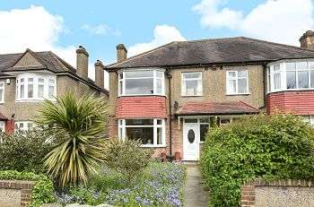 4 Bedrooms Semi Detached House for sale in Marvels Lane, Lee, SE12 9PP