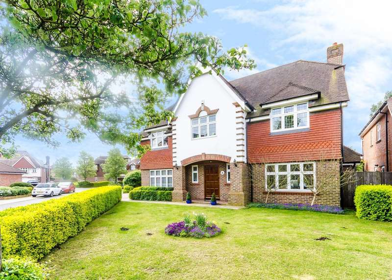 5 Bedrooms Detached House for sale in Langley Park, Park Langley, BR3