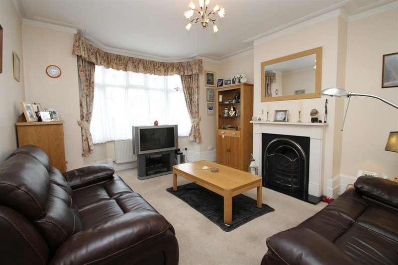 4 Bedrooms Terraced House for sale in Ethronvi Road, Bexleyheath, Kent, DA7 4BB