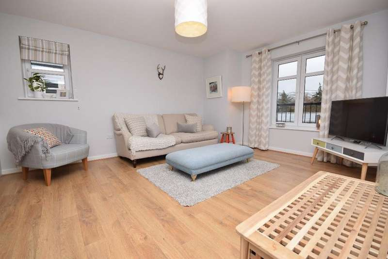 2 Bedrooms Flat for sale in 4 Fairfield Gardens, Flat 15, Fairmilehead, Edinburgh, EH10 6UP