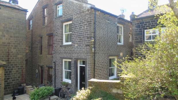 2 Bedrooms End Of Terrace House for sale in Townfield View Heptonstall Hebden Bridge