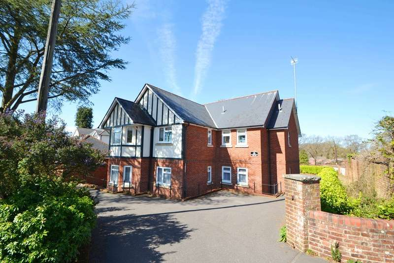 2 Bedrooms Flat for sale in Verwood
