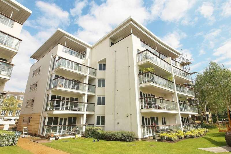 2 Bedrooms Flat for sale in 6 Creswell Drive, Langley Waterside, Beckenham