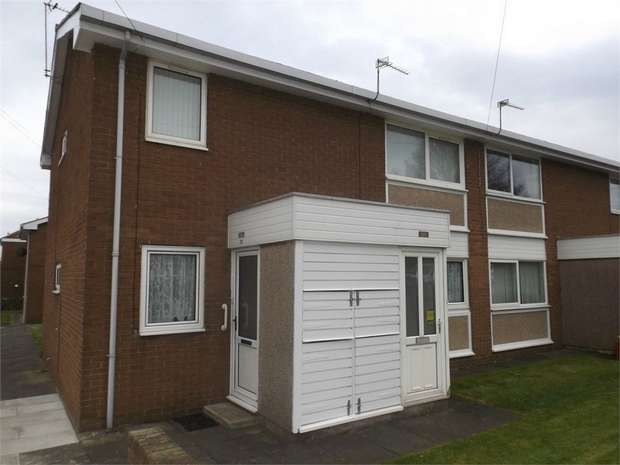 2 Bedrooms Flat for sale in Poplar Drive, Sunderland, Tyne and Wear