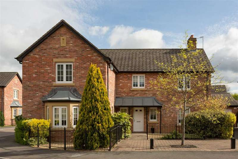 5 Bedrooms Detached House for sale in John Fielding Gardens, Llantarnam, Cwmbran