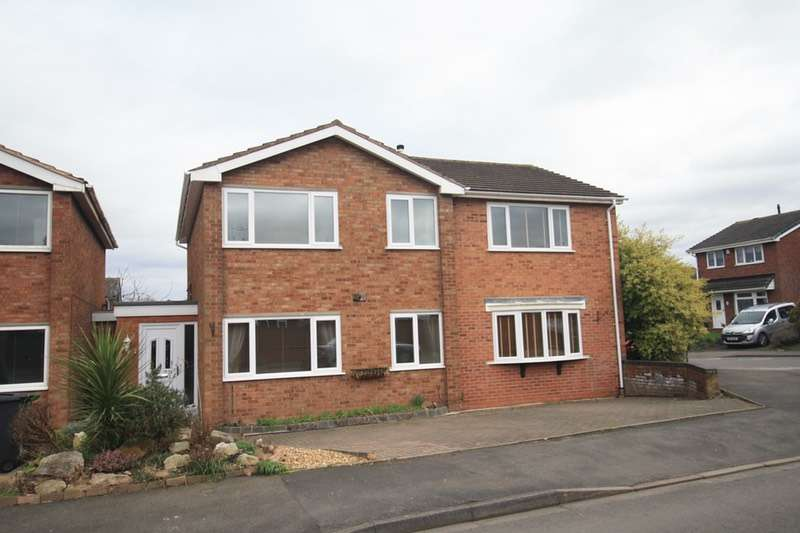 4 Bedrooms Detached House for sale in Oak Tree Close, Tamworth, Warwickshire, B78