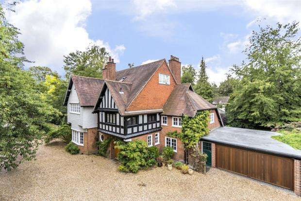 6 Bedrooms Detached House for sale in Tunwells Lane, Great Shelford, Cambridgeshire