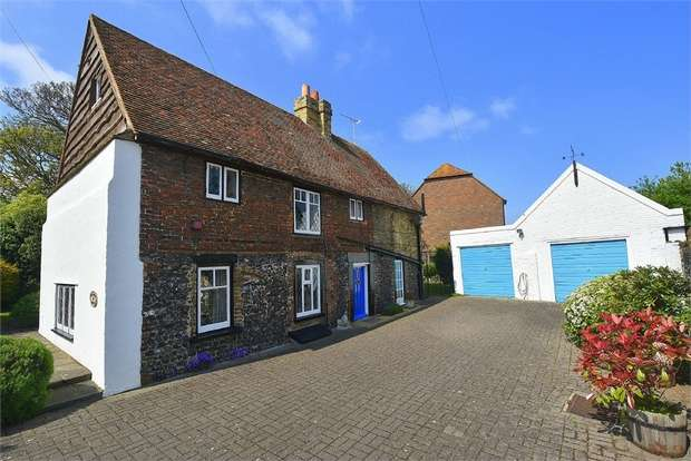 4 Bedrooms Detached House for sale in Grapevine Cottage, Reading Street, Broadstairs, Kent