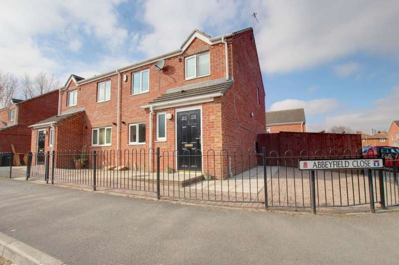 3 Bedrooms Semi Detached House for sale in Abbeyfield Close, Gateshead, NE8