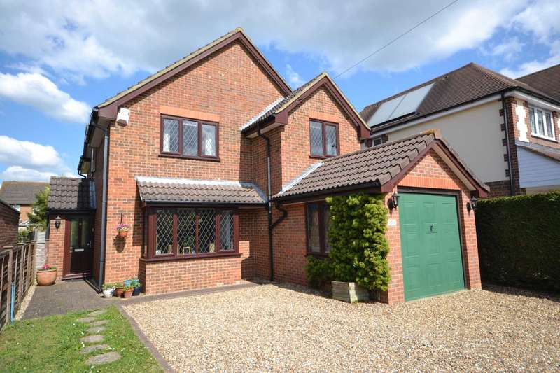 4 Bedrooms Detached House for sale in Woods Road, Caversham