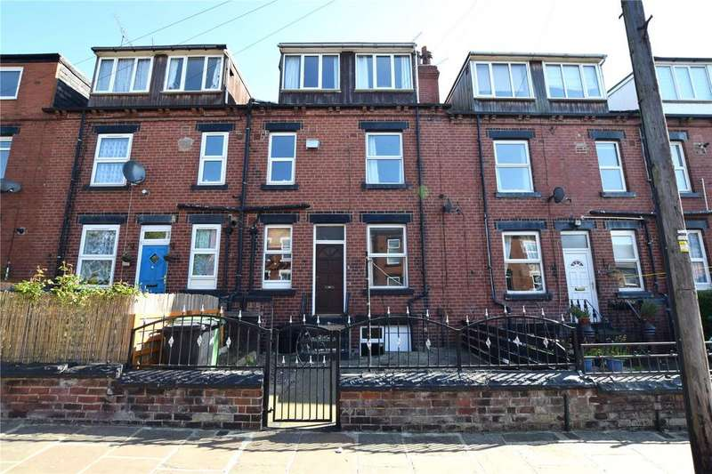 3 Bedrooms Terraced House for sale in Cross Flatts Road, Leeds, West Yorkshire, LS11