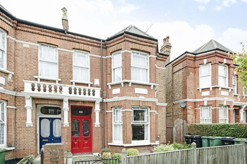 2 Bedrooms Flat for sale in Ebbsfleet Road, Cricklewood, NW2