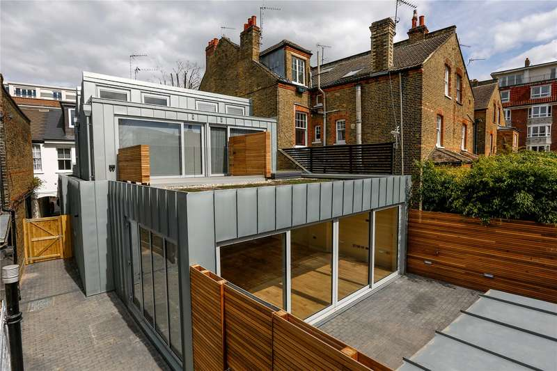 3 Bedrooms House for sale in Upper Richmond Road, London, SW15