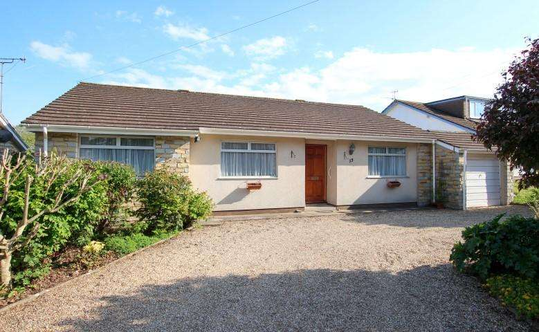 3 Bedrooms Detached Bungalow for sale in Park Road, Bridgwater TA6