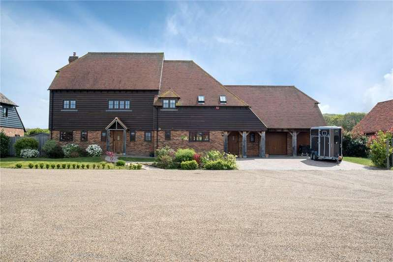 6 Bedrooms Detached House for sale in Belvedere Farm, Dargate, Faversham, Kent