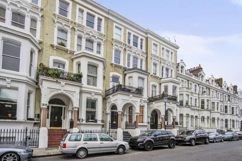 2 Bedrooms Apartment Flat for sale in Redcliffe Square, London, London, SW10