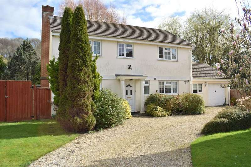 4 Bedrooms Detached House for sale in 4 Woodhouse Court, Sea Road South, Bridport, Dorset