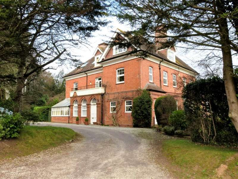 2 Bedrooms Apartment Flat for sale in Bovey Tracey, Newton Abbot