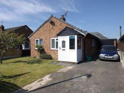 2 Bedrooms Bungalow for sale in Rhodfa Wen, Llysfaen, Colwyn Bay, Conwy, LL29