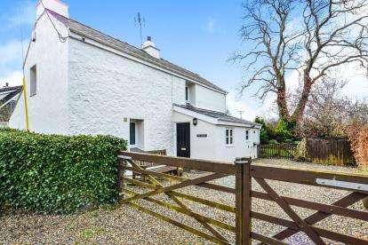 3 Bedrooms Detached House for sale in Druid Road, Menai Bridge, Sir Ynys Mon, LL59