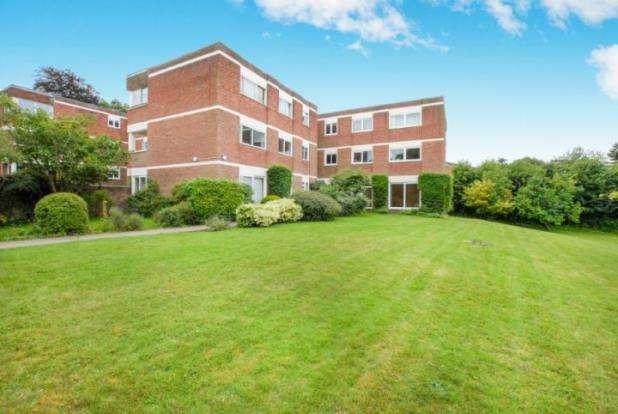 2 Bedrooms Flat for sale in Warren Road, Guildford, Surrey