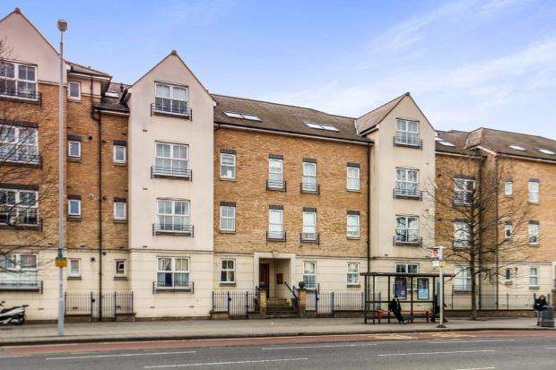 1 Bedroom Flat for sale in Richmond Road, Kingston Upon Thames, Surrey